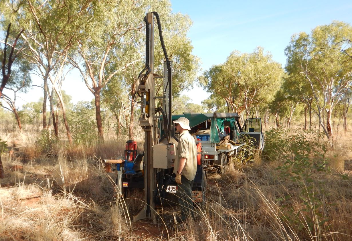 Soil and land suitability assessment for the Dunmarra area